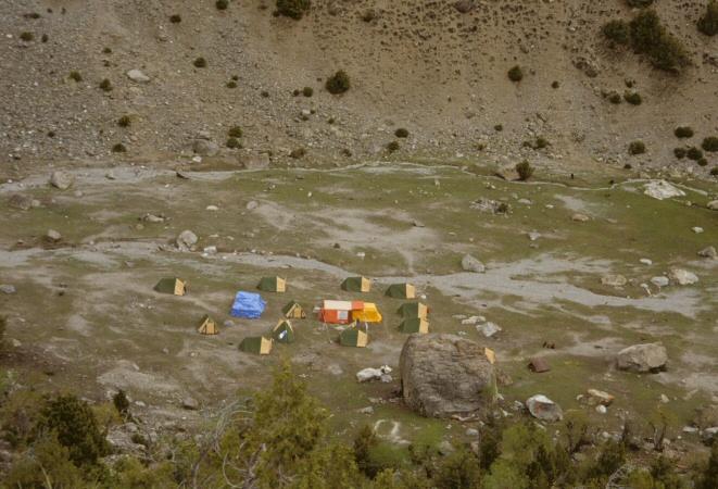 ベースキャンプ