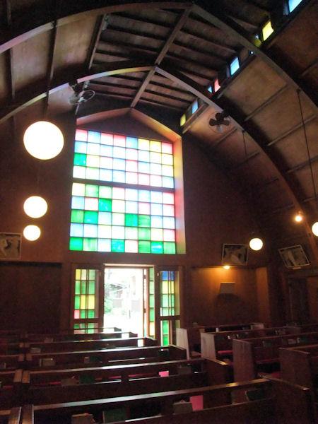東京聖十字教会ステンドグラス