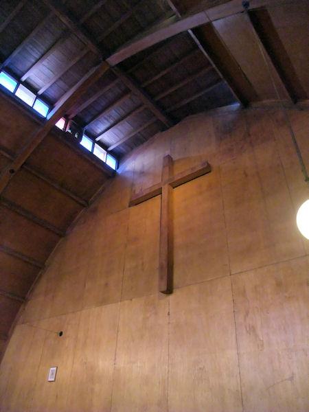 東京聖十字教会十字架